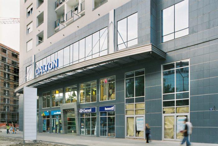 Polustrukturalna fasada